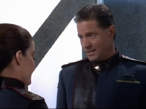 Bruce Boxleitner and Claudia Christian in Babylon 5 (1993)
