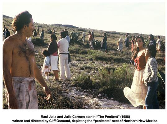 Raul Julia and Julie Carmen in The Penitent (1988)
