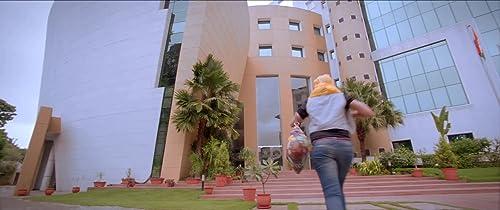 Cofee Ani Barach Kahi - Trailer