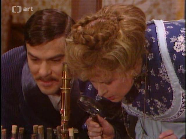 Jaroslav Drbohlav and Miriam Hynková in Co je platno kárat, co je platno kázat (1977)