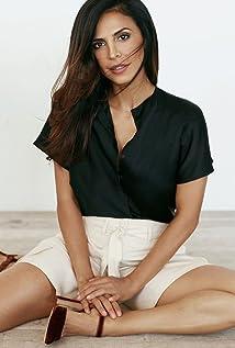 Azita Ghanizada Picture