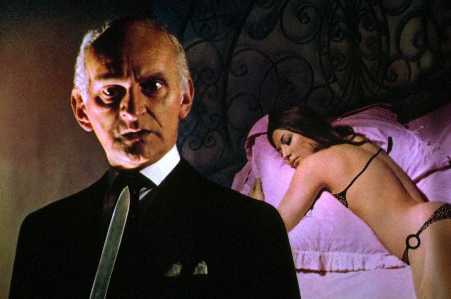 John Karlsen and Rosalba Neri in La bestia uccide a sangue freddo (1971)