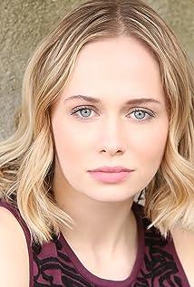Tessa Albertson Picture