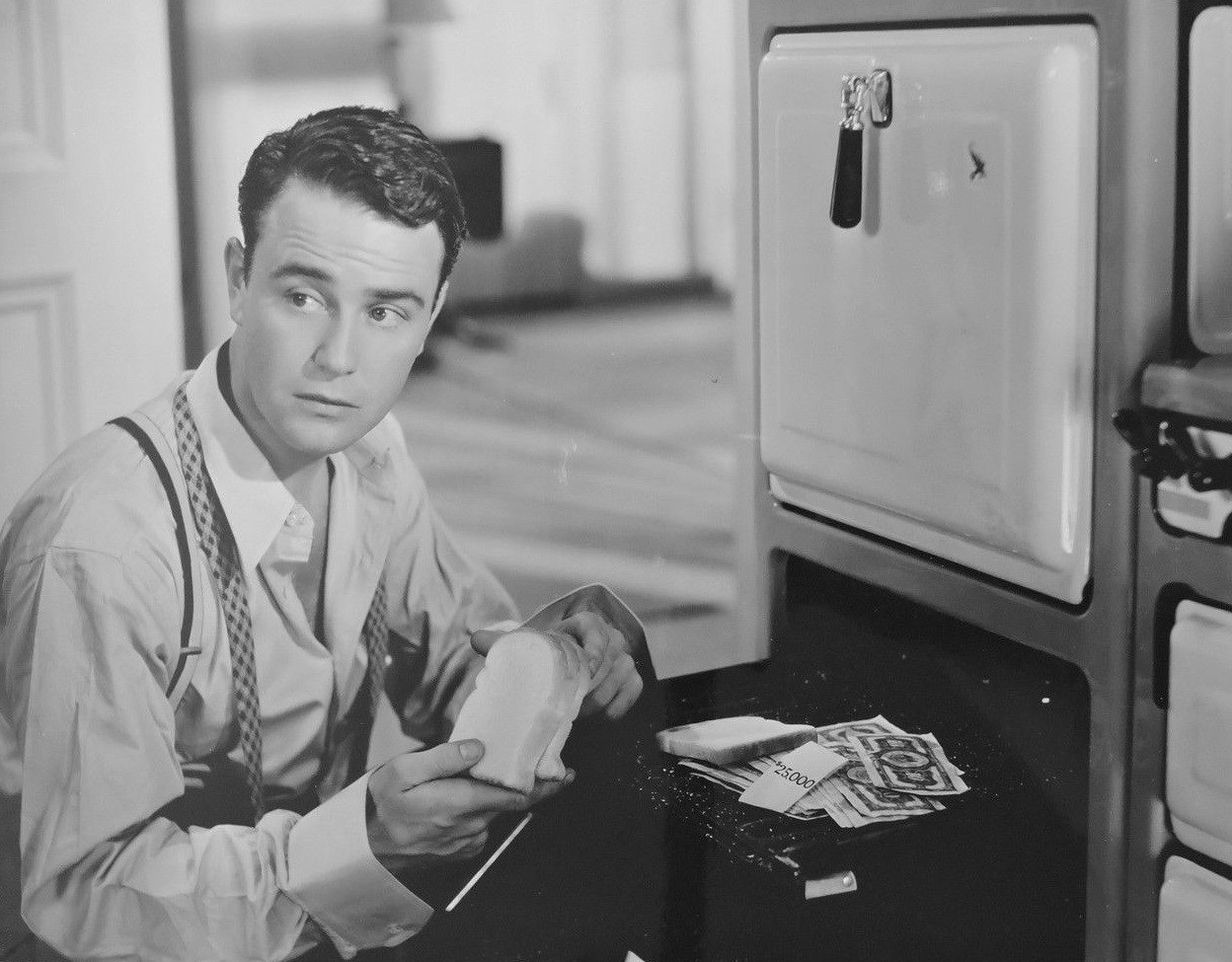 Lew Ayres in Murder with Pictures (1936)