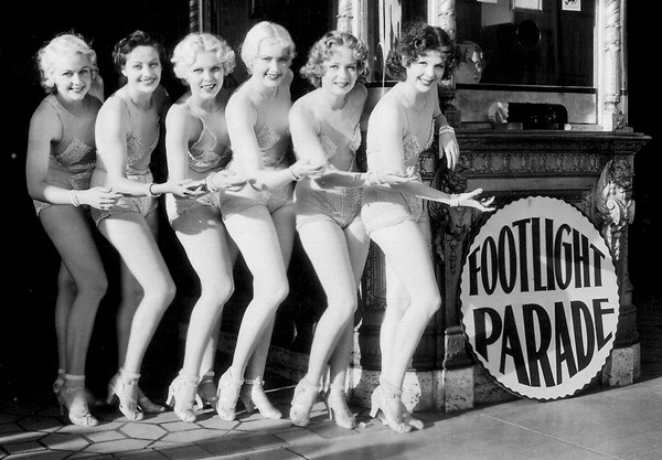 Margaret Carthew, Virginia Dabney, Mary Dees, Ebba Mona, Ann Hovey, and Azelie Cecil in Footlight Parade (1933)
