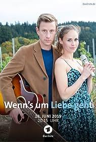 Maxim Mehmet and Inez Bjørg David in Wenn's um Liebe geht (2019)