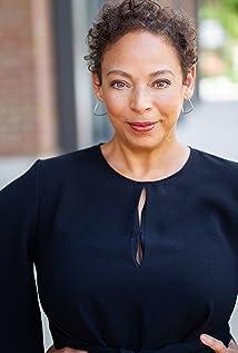 Donna Duplantier Picture
