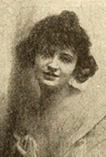 Helen Arnold Picture