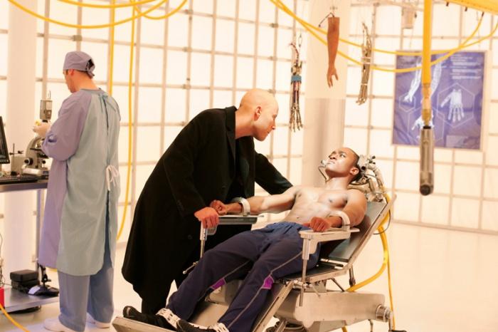 Smallville 5×15 – Cyborg