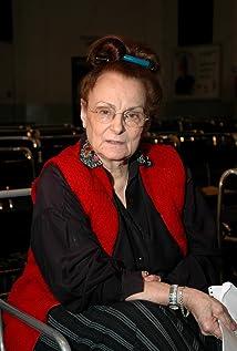 Nora Massi Picture