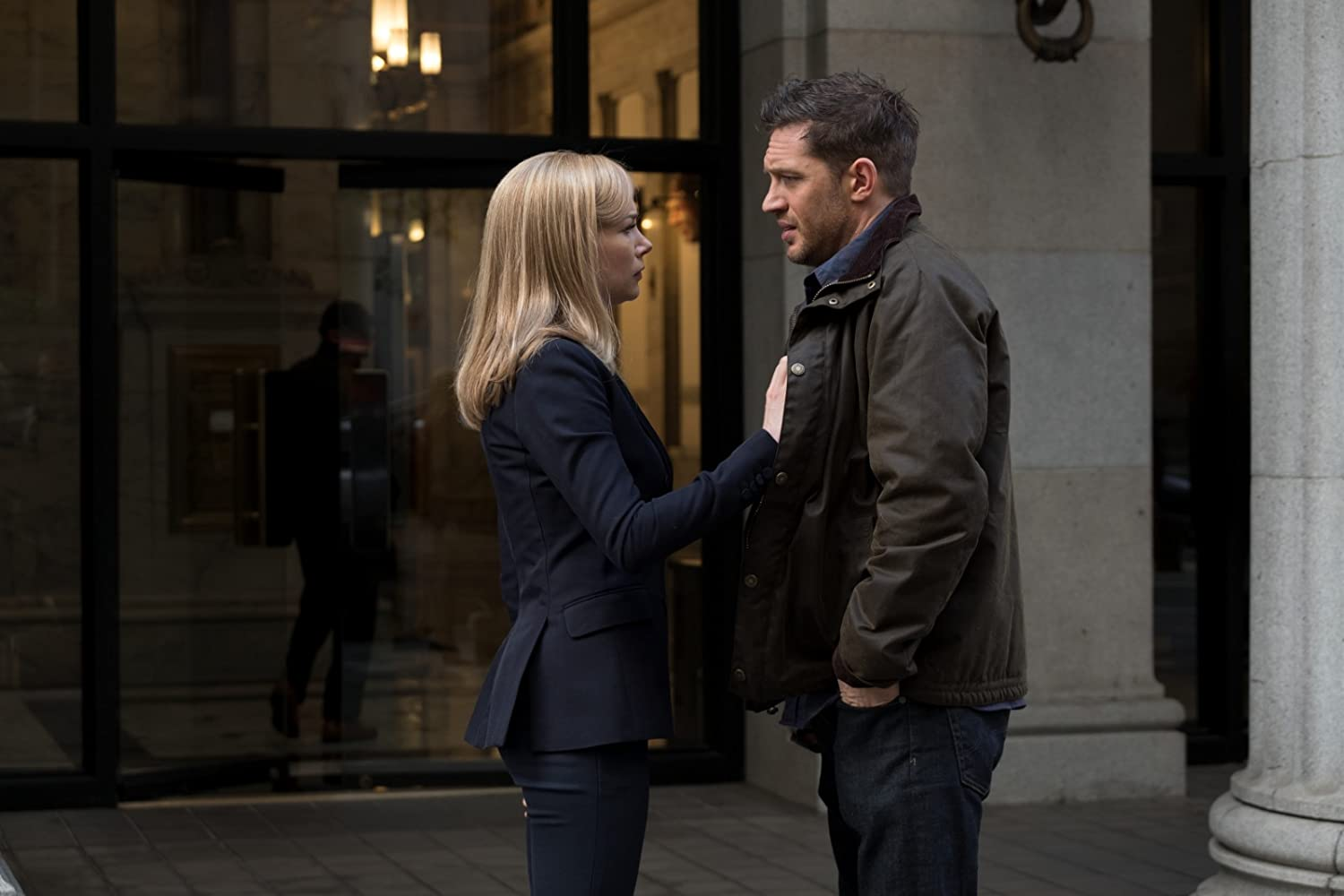Tom Hardy and Michelle Williams in Venom (2018)
