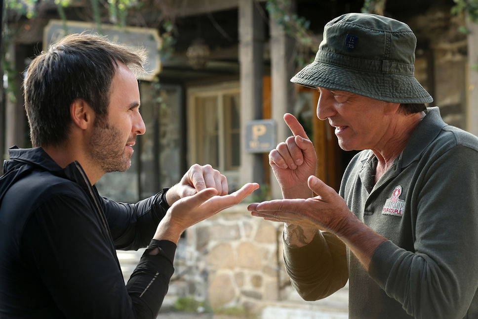 Michel Côté and Louis-José Houde in De père en flic 2 (2017)