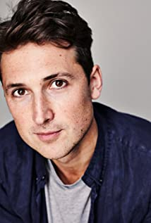 Ben Lloyd-Hughes Picture