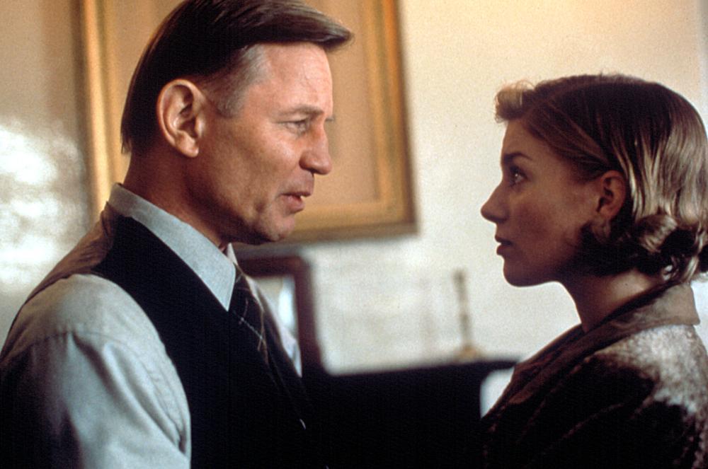 Michael York and Eva Birthistle in Borstal Boy (2000)