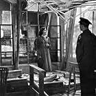 Viveca Lindfors and Ralph Meeker in Die Vier im Jeep (1951)