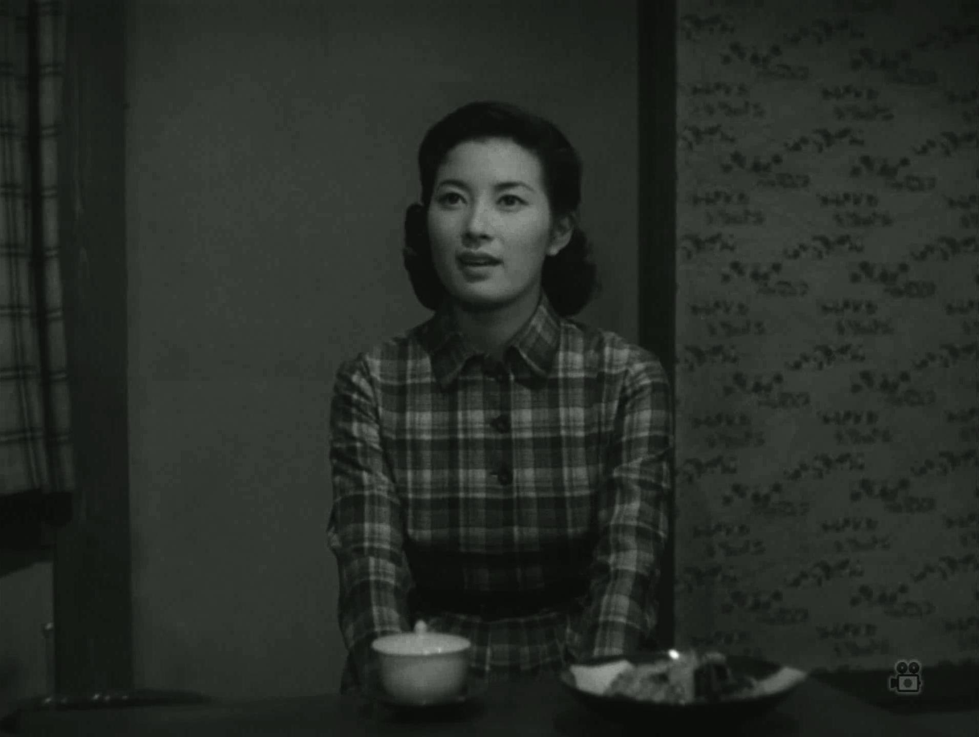 Yumi Shirakawa in Kono futari ni sachi are (1957)