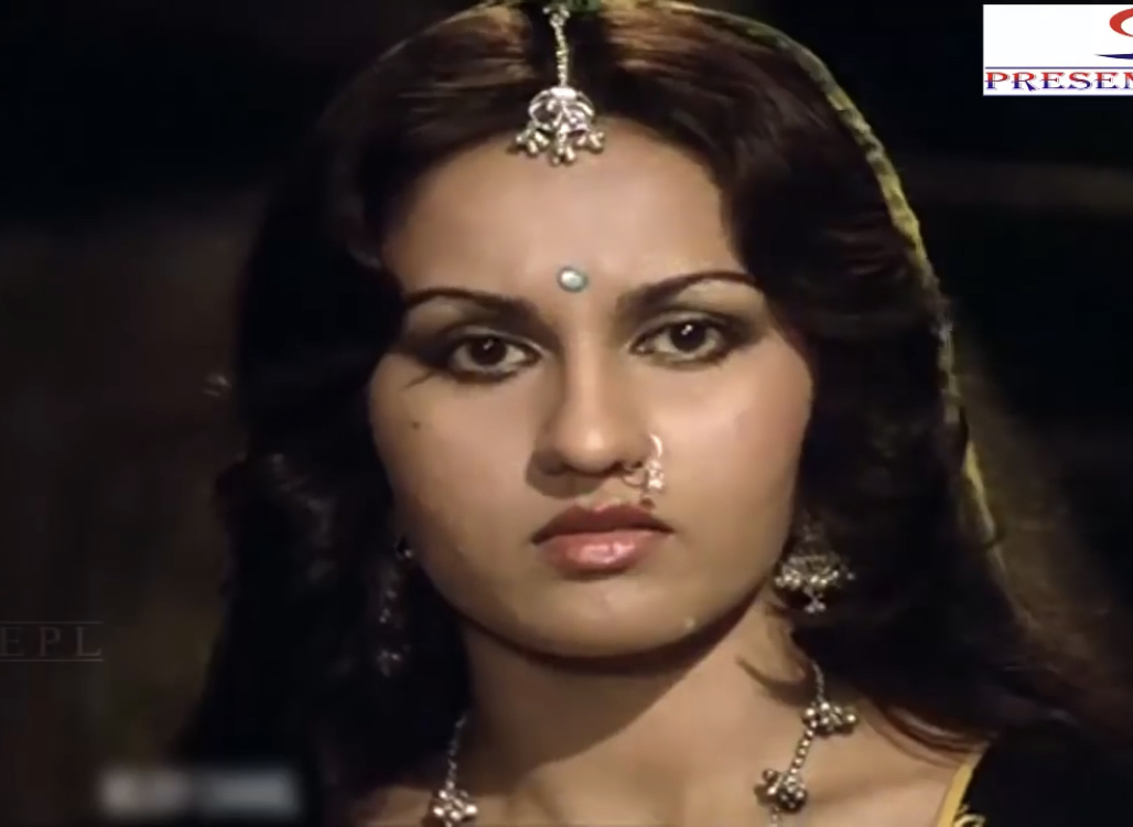 Reena Roy in Insaan (1982)