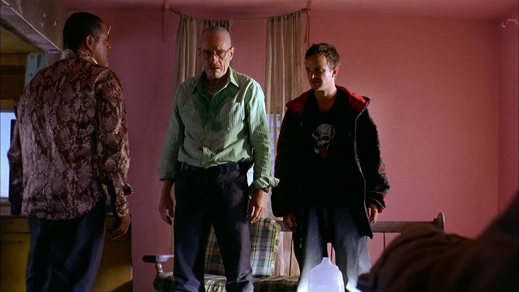 Bryan Cranston, Raymond Cruz, and Aaron Paul in Breaking Bad (2008)