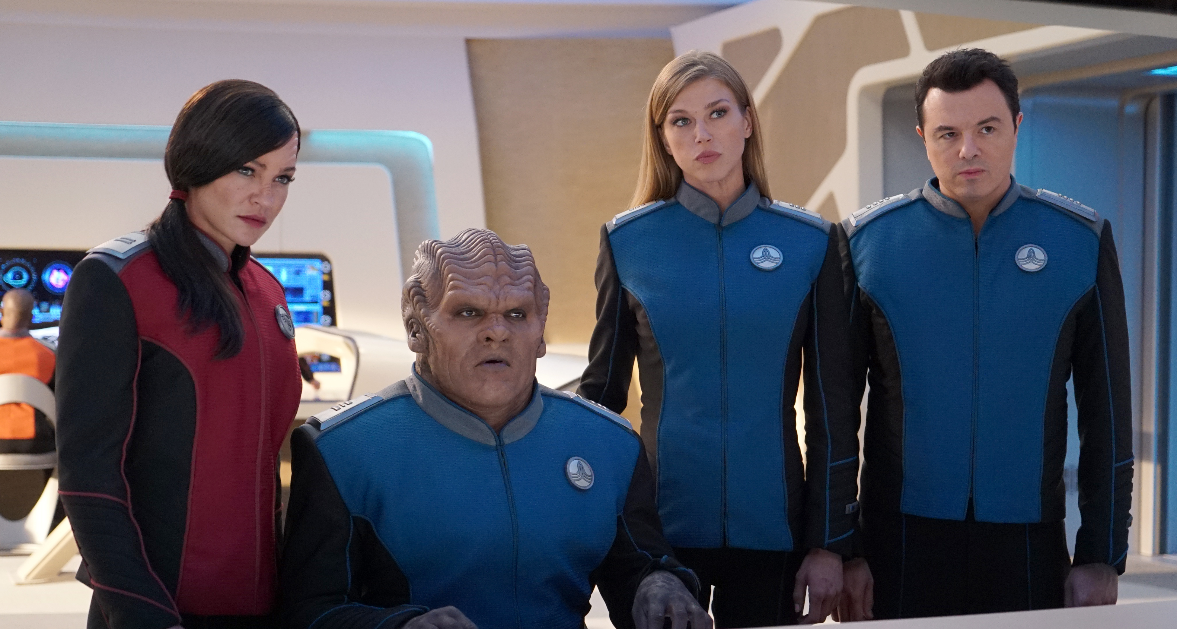 Seth MacFarlane, Peter Macon, Jessica Szohr, and Adrianne Palicki in The Orville (2017)