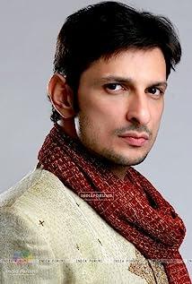 Rushad Rana Picture
