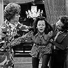 Tasso Kavadia, Betty Livanou, and Louiza Podimata in I amartia tis omorfias (1972)