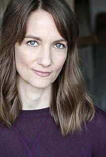 Lisa Renée Picture