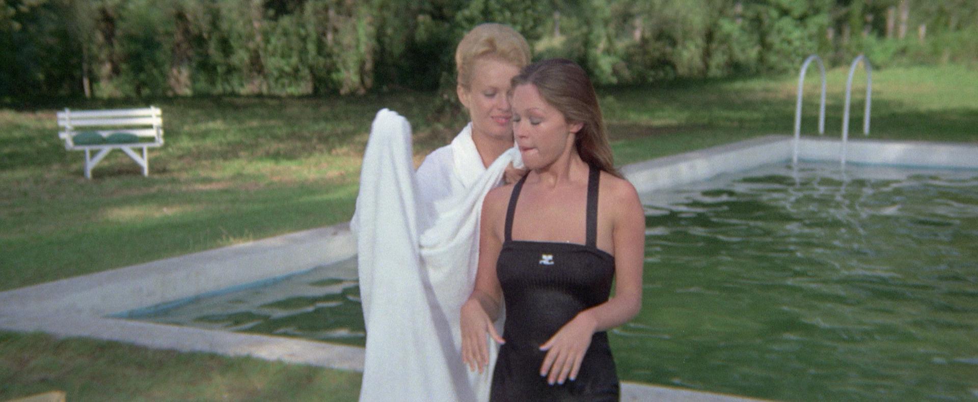 Marisol and Jean Seberg in La corrupción de Chris Miller (1973)