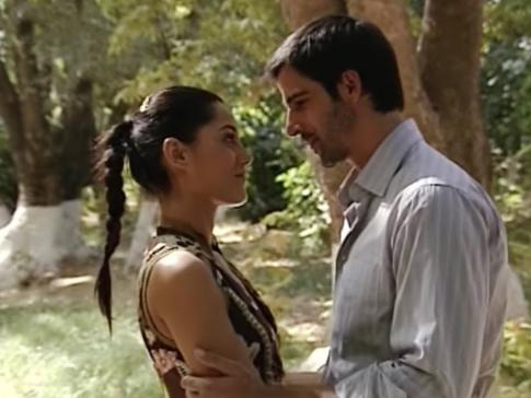Cansu Dere and Mehmet Akif Alakurt in Sila (2006)
