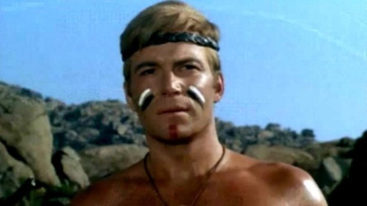 William Shatner in Comanche blanco 1968