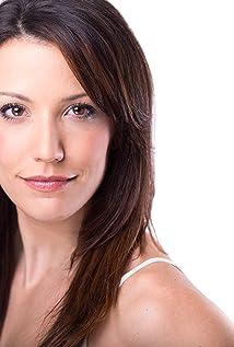 Caroline Bowman Picture