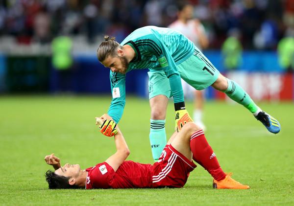 37b580ac77f David de Gea and Sardar Azmoun in 2018 FIFA World Cup Russia (2018)