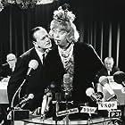 Dirch Passer and Bendt Rothe in Don Olsen kommer til byen (1964)
