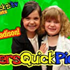 Bailee Madison and Piper Reese in Piper's QUICK Picks (2010)
