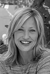 Primary photo for Joey Lauren Adams