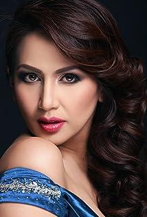 Regine Tolentino Picture