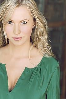 Sara Sanderson