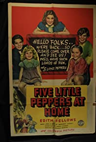Primary photo for Five Little Peppers at Home