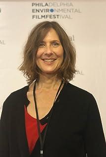 Susan Kucera Picture