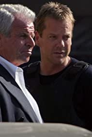 Kiefer Sutherland and William Devane in 24 (2001)