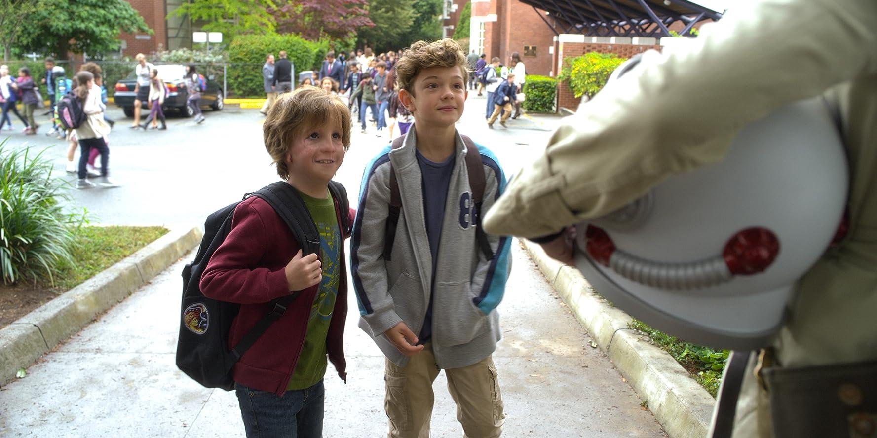 Jacob Tremblay and Noah Jupe in Wonder (2017)