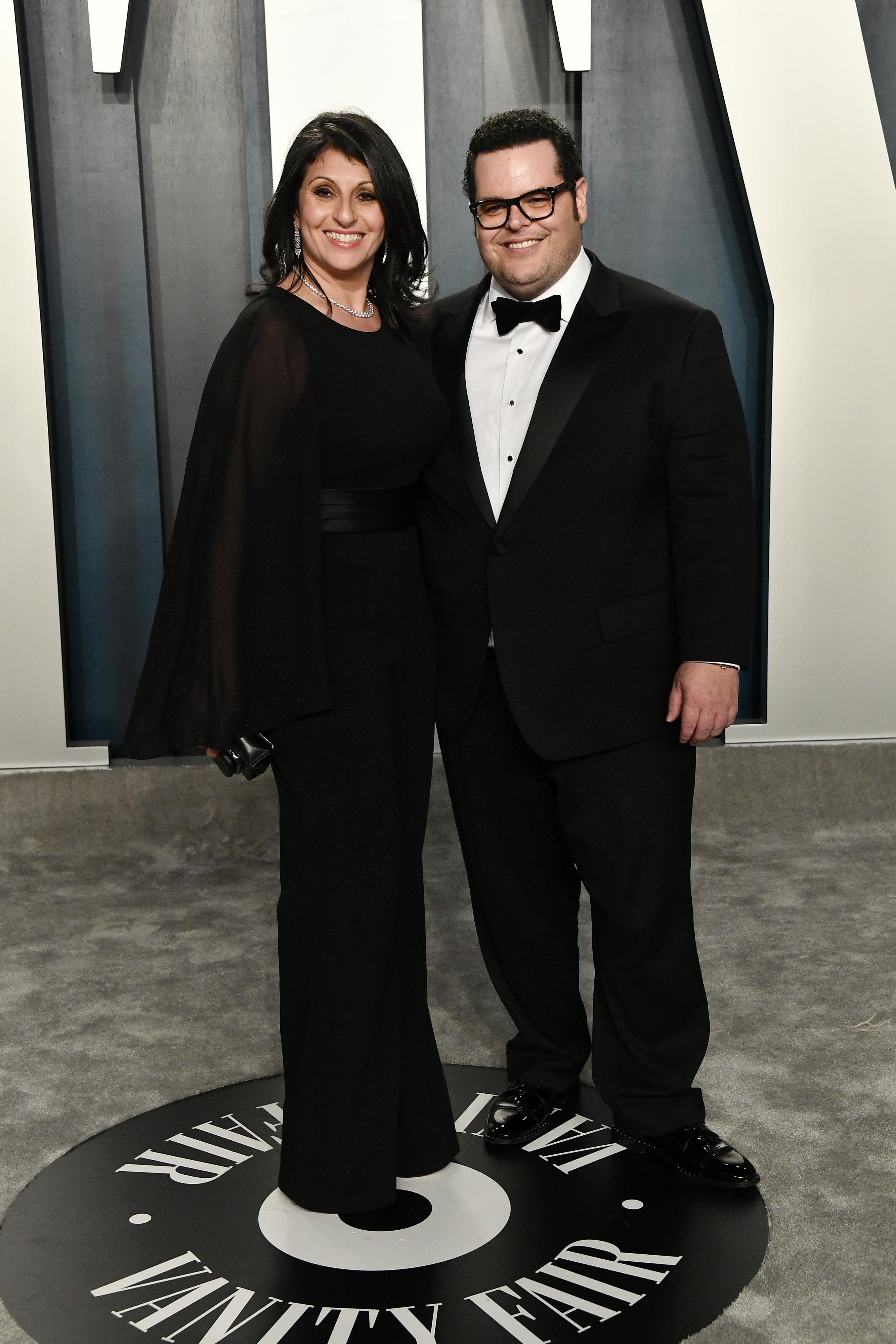 Josh Gad and Ida Darvish
