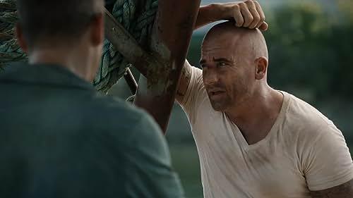 Prison Break: Lincoln Fills Michael In On His Life