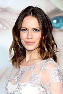 Bethany Joy Lenz Picture