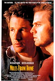 Richard Gere and Kevin Anderson in Miles from Home (1988)