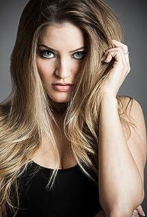 Justine Ezarik Picture