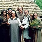 Marina Aleksandrova, Anna Dymna, Ryszard Filipski, and Maria Niklinska in Stara basn. Kiedy slonce bylo bogiem (2003)