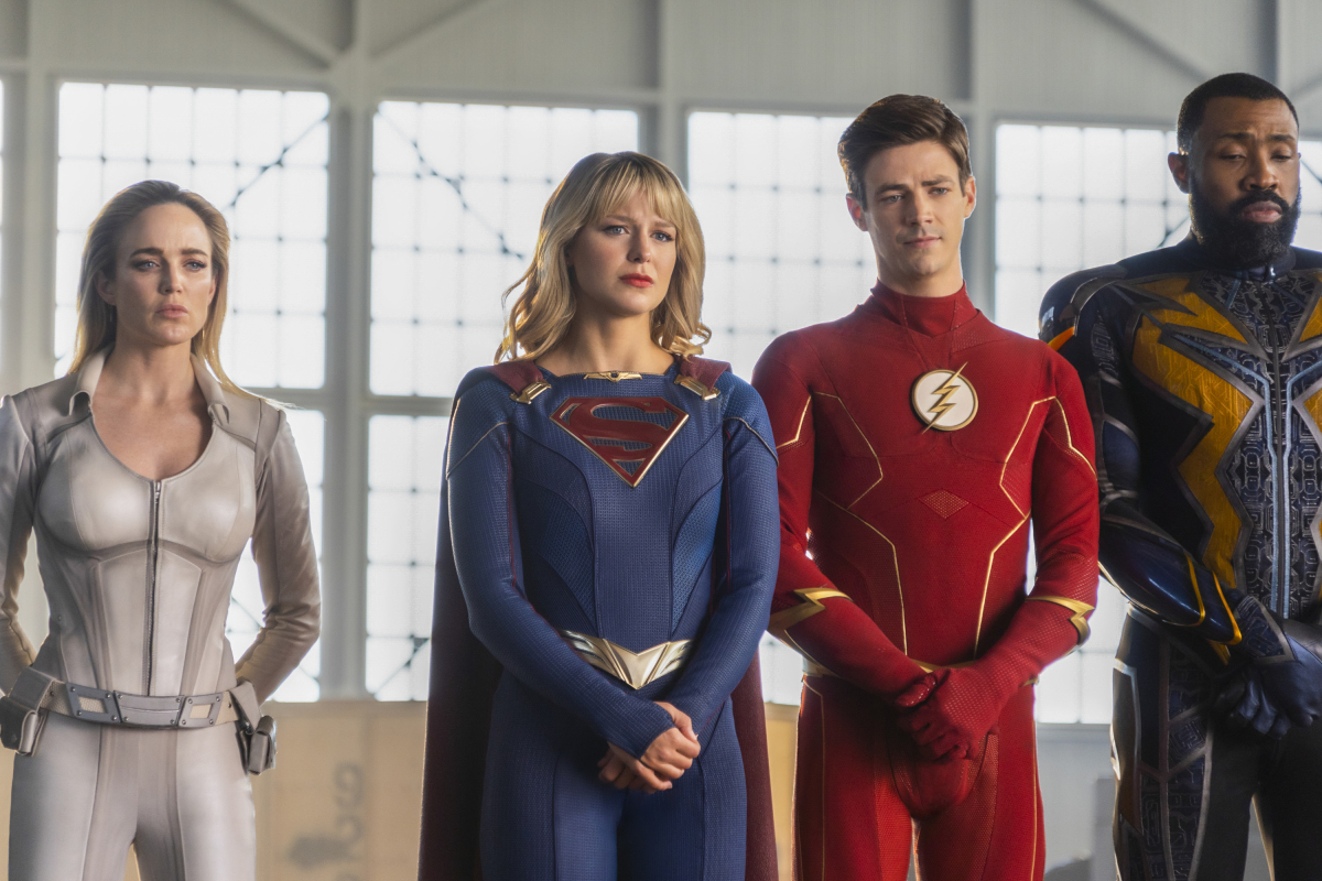 Cress Williams, Caity Lotz, Melissa Benoist, and Grant Gustin in Legends of Tomorrow (2016)