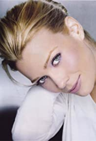 Primary photo for Laurie Holden