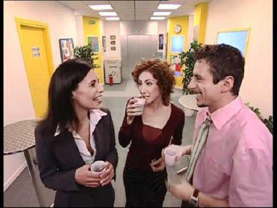 Camera Cafe Discorso : Ricordate tutti i mitici personaggi di camera café