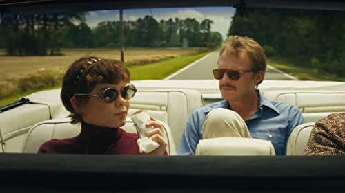 Paul Bettany, Sophia Lillis Reveal Why They Were Drawn to 'Uncle Frank'